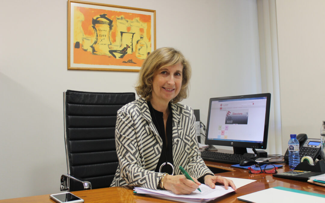 La farmacèutica Núria Bosch representarà  als farmacèutics a la Cambra de Comerç