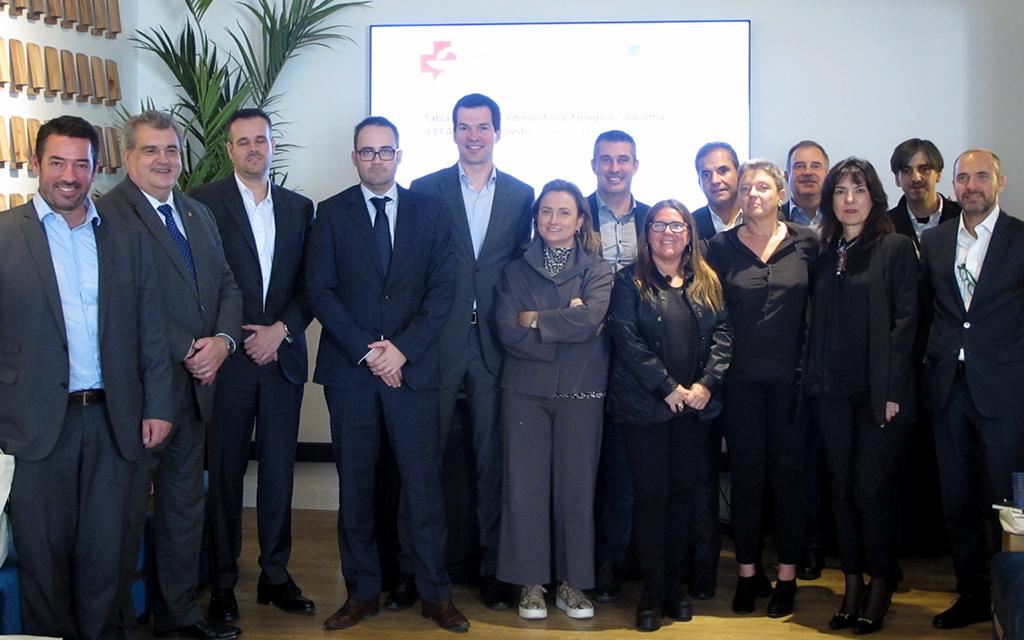Farmàcia i indústria s'asseuen a dialogar en una taula rodona organitzada per la FEFAC i Beauty Cluster Barcelona