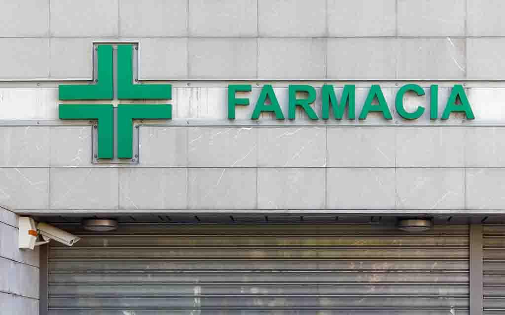57 farmàcies tancades, 276 professionals ingressats o en quarantena i 8 morts pel coronavirus a Espanya